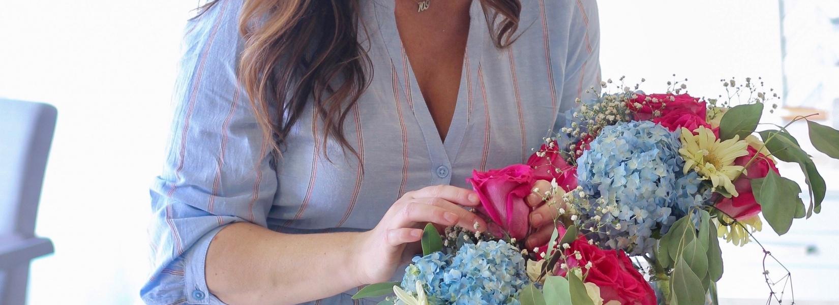 Baby in Bloom   DIY Gender Reveal Floral Arrangements
