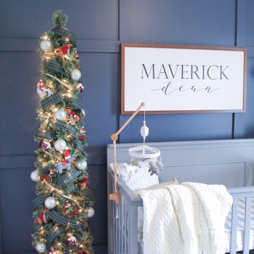 A Merry Little Christmas: Maverick's Puppy Nursery
