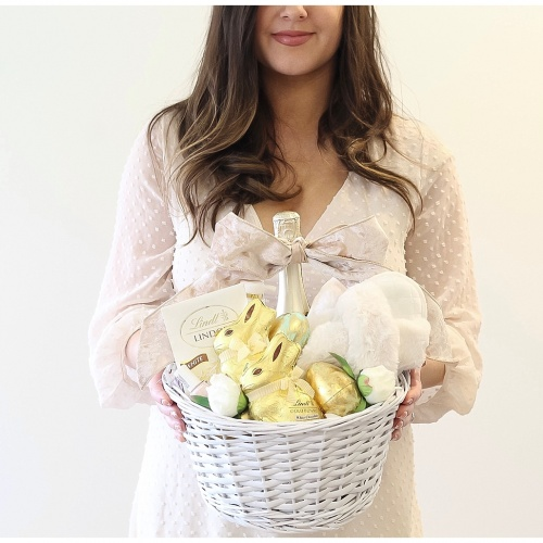 Grown-Up Easter Basket Ideas | At-Home Spa Theme