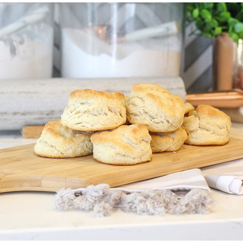 The BEST & EASIEST 4-Ingredient Biscuit Recipe
