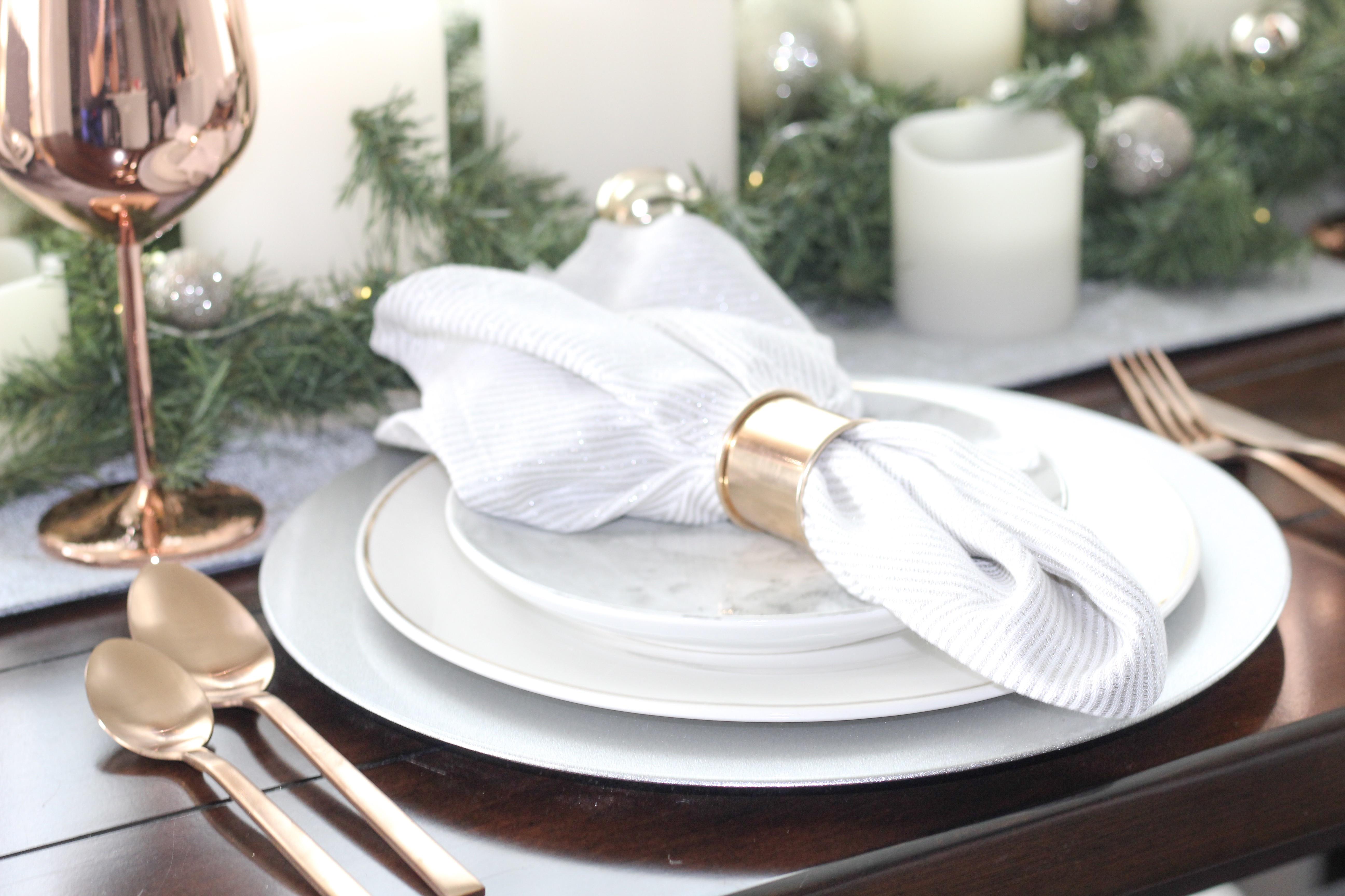 Gather 'round: My Christmas Tablescape