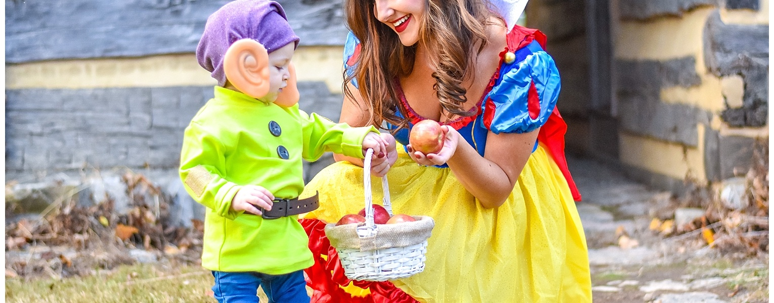 Never too Old to be Young | Snow White Family Halloween Costumes